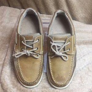 Used Margaritaville dock shoes